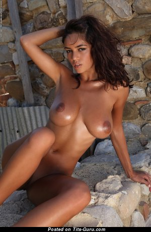 Image. Ela Savanas - naked wonderful lady with big natural boob picture
