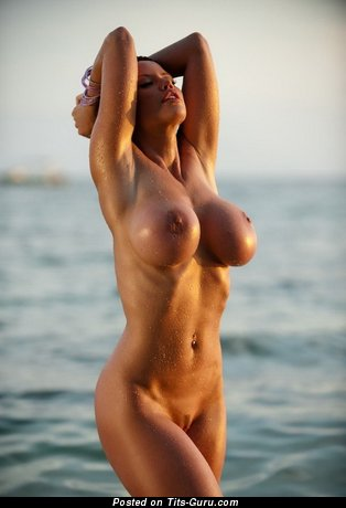 Nude wonderful girl pic