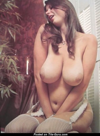 Alluring Babe with Alluring Nude Real Great Tit (Sex Wallpaper)