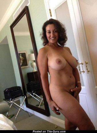 Persia Monir - Pretty Iranian, American Red Hair Pornstar with Pretty Naked Natural Boobys (Sex Foto)