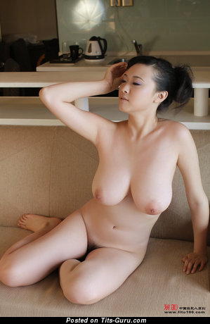 Bing Yi - Fascinating Chinese Miss with Fascinating Exposed Real Mid Size Breasts (Hd Sex Pic)