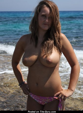 Nice Babe with Nice Nude Natural Normal Breasts & Long Nipples (Hd Porn Pix)