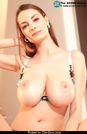 Image. Estelle Taylor - naked beautiful woman with big breast photo