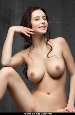 Hot Babe with Hot Exposed Real Mid Size Knockers (Sexual Pix)