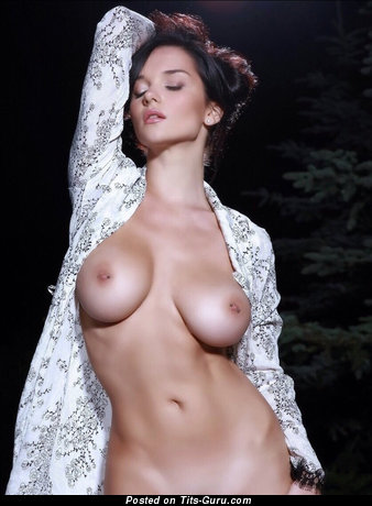 Sexy nude nice lady with medium natural tits picture