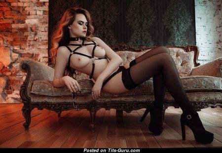 Ellina Myuller - Grand Naked Brunette (18+ Wallpaper)