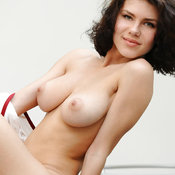 Elsa A - nice female with medium natural breast photo
