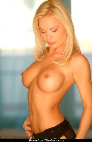 Katka Stankova - Amazing Czech Blonde Babe with Amazing Exposed Fake Normal Melons (Hd Xxx Foto)
