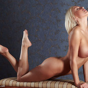 Mandy Dee - nice woman with big natural tittes image