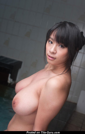 Image. Hana Haruna - sexy nude asian brunette with medium natural tittys pic