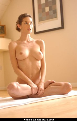 Magnificent Nude Doll is Doing Yoga (Porn Wallpaper)