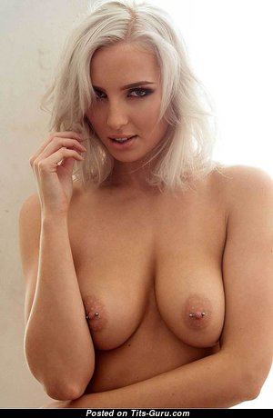 Lissy Cunningham - Magnificent Naked British Blonde (Hd Porn Photoshoot)