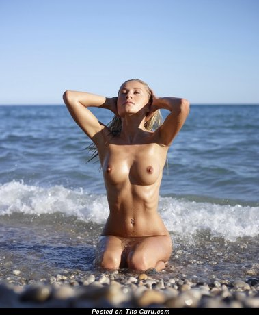 Image. Naked beautiful woman with medium natural tittys picture