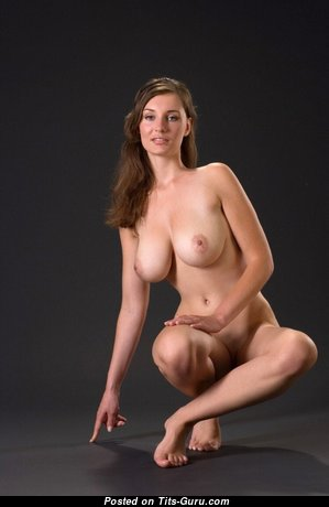 Pleasing Babe with Pleasing Naked Natural Normal Boob (Porn Photo)