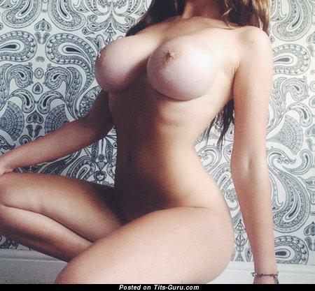Image. Nude amazing woman pic