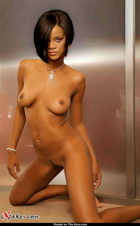 Amateur milf fake tits nude