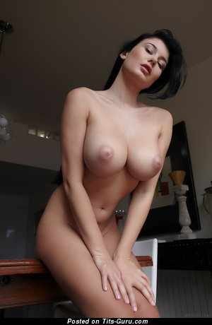 Image. Lucy - nude brunette with big tittys and big nipples photo