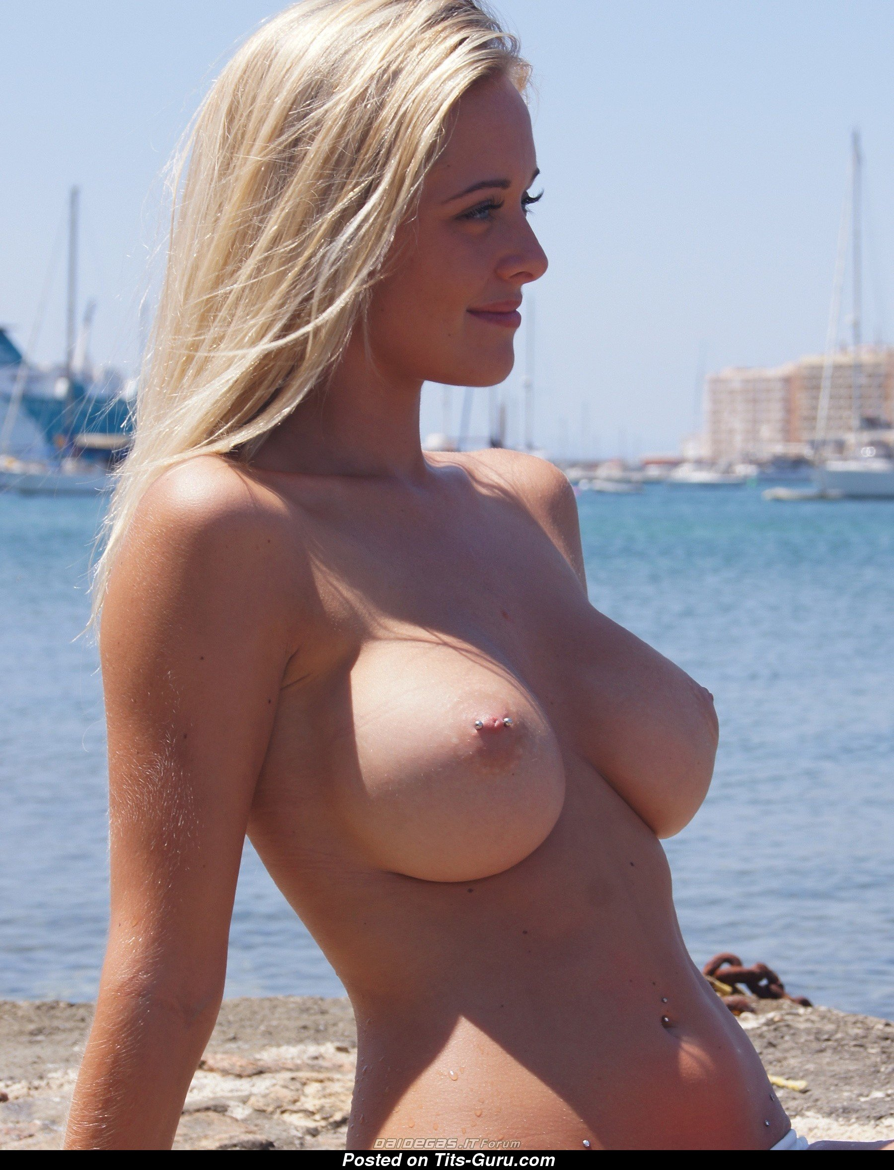 Wet Blonde With Bare Natural C Size Tittes Porn Photo 18 -9444