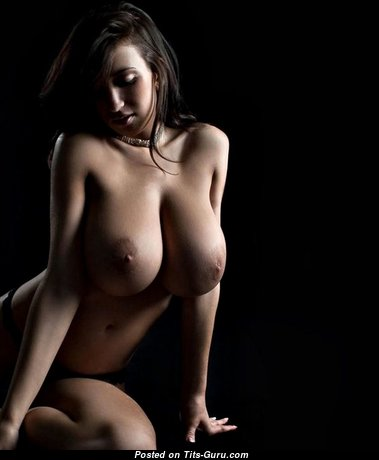Beautiful Undressed Babe (Hd Porn Pic)