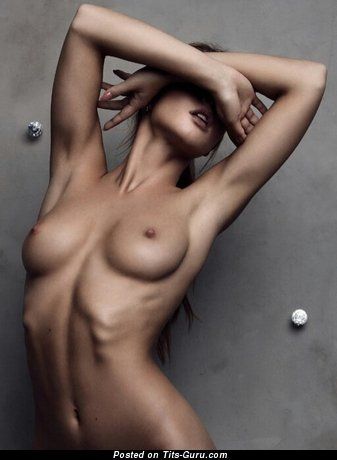 Gorgeous Babe with Gorgeous Open Real Tiny Tittys (Xxx Pix)