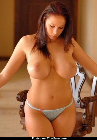 Marvelous Babe with Marvelous Defenseless Mega Tittes in Panties (Porn Pix)