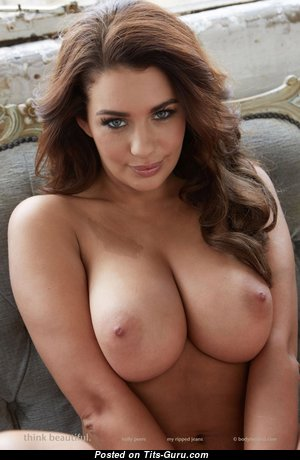 Mabel - Superb Spanish Red Hair with Superb Nude Natural Regular Boobie (Hd 18+ Foto)
