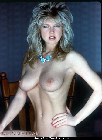 Corrine Russell - The Best Blonde Babe with The Best Bare Natural D Size Boobie (Vintage Hd 18+ Foto)