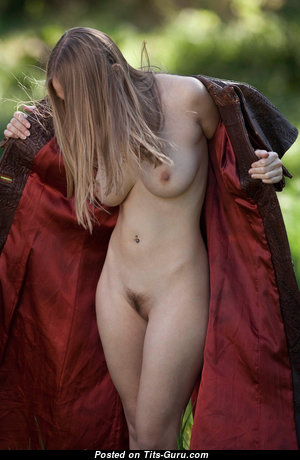 Lovely Unclothed Babe (Hd Porn Picture)