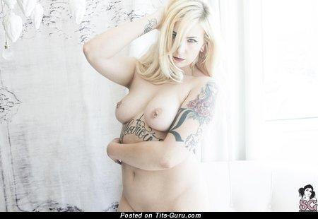 Image. boobs pic
