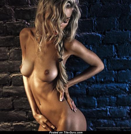Iolanta Pryakhina - Pleasing Topless Honey with Pleasing Nude Natural Boobies (Sexual Foto)