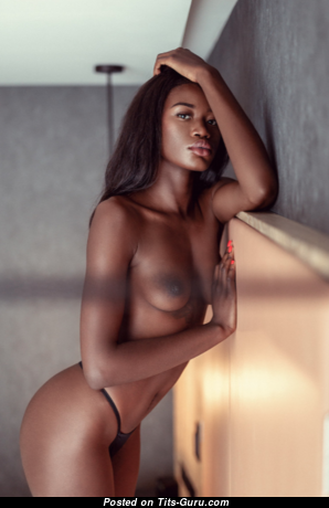Naomi Nash - Handsome Topless Ebony Girlfriend & Babe with Tattoo (Porn Pix)