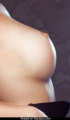 Изображение. сиськи фото: средние сиськи