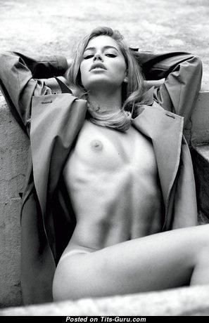 Doutzen Kroes - Graceful Blonde with Graceful Defenseless Real Miniature Tit (Hd 18+ Photoshoot)