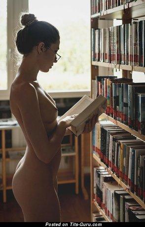 Фотография восхитительной голой девушки