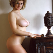 Rosemarie Hilcrest - wonderful lady with big natural boob pic