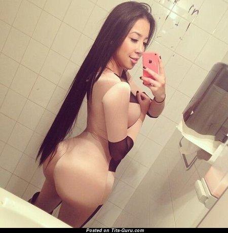 Image. Nude beautiful female selfie