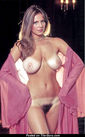 Linda Doucett - Grand Topless American Playboy Blonde with Grand Nude Real D Size Busts (Vintage Sexual Picture)