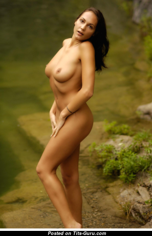 Gabriell - Beautiful Glamour & Topless Brunette with Puffy Nipples (Xxx Picture)