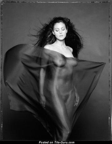 Monica Bellucci - Pretty Italian Brunette Actress & Babe with Splendid Nude Big Sized Tots (18+ Photo)