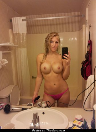 Image. Nude blonde with medium boobies selfie