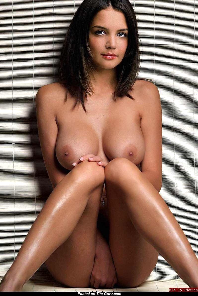 Nude women open pussy