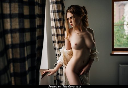 Image. Ellina Myuller - sexy naked nice lady with medium natural tittes photo