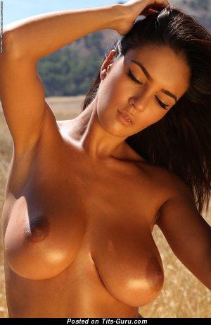 Image. Ela Savanas - naked hot female with medium natural tots picture