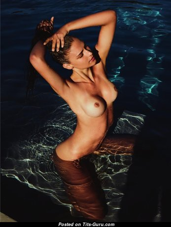 Fernanda Liz - Superb Topless Gal (Hd 18+ Photo)