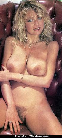 Debbee Ashby - Graceful Naked Blonde (Hd Porn Photoshoot)