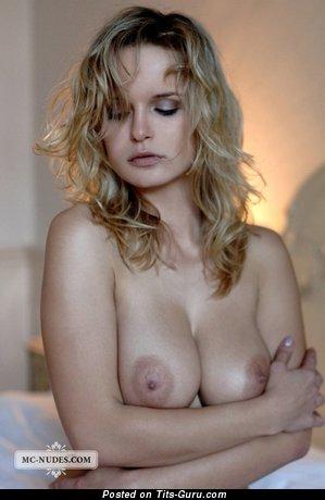 Image. Renata Daninsky - nude nice female picture