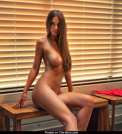 Alina - Delightful Undressed Girlfriend & Babe (Sexual Photoshoot)