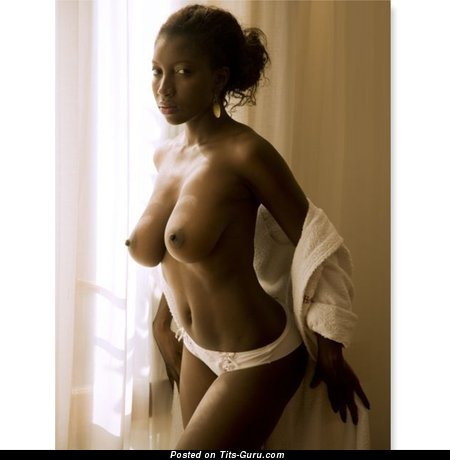 Grand Ebony Babe with Grand Bare Natural Normal Breasts (Hd Porn Pix)