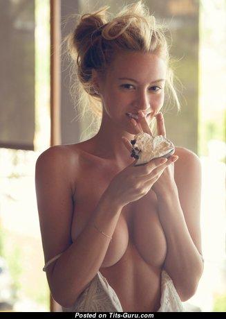 Splendid Blonde with Splendid Exposed Natural D Size Titty is Undressing (Hd Xxx Photo)