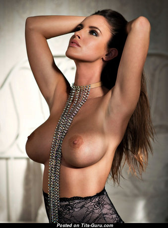 Sexy Topless Brunette Babe with Sexy Naked Firm Boobie (Hd Porn Photo)